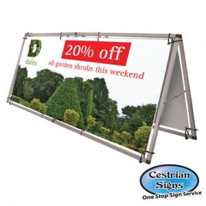 Monsoon banner display system