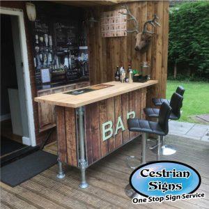Home-Pubs,-Parties,-Event-Bar